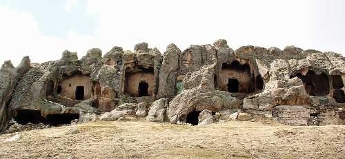 selimiye-kaya-mezarlari